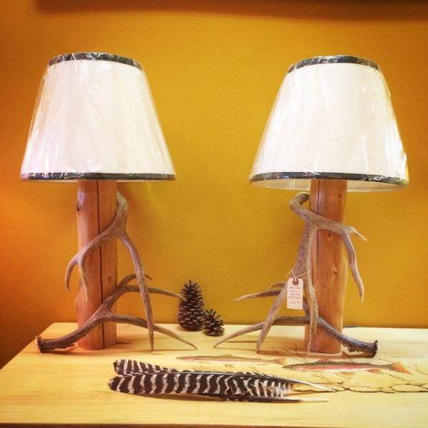 Amazing Antler Trimmed Cedar Lamp Set